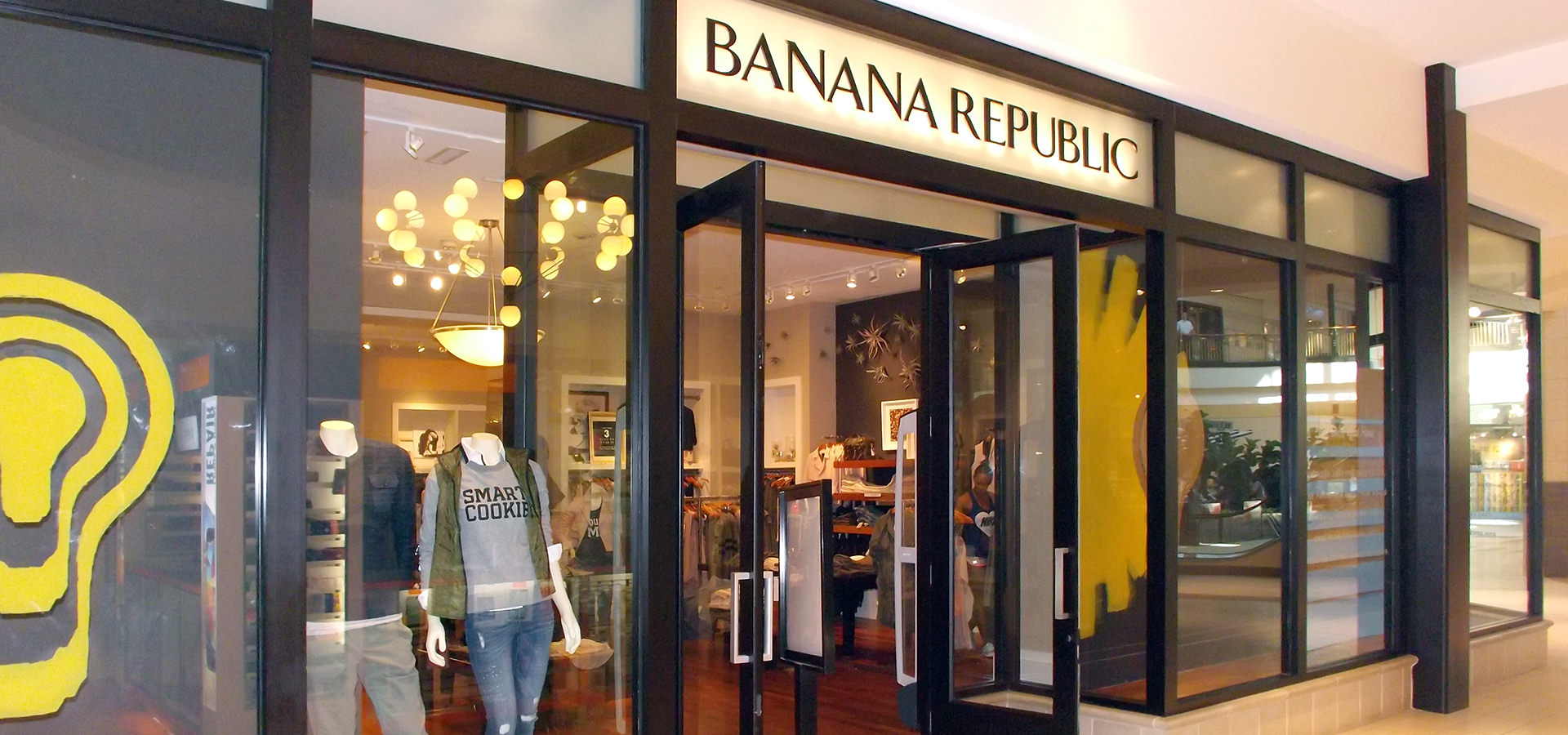 banana republic near me in dulles  va