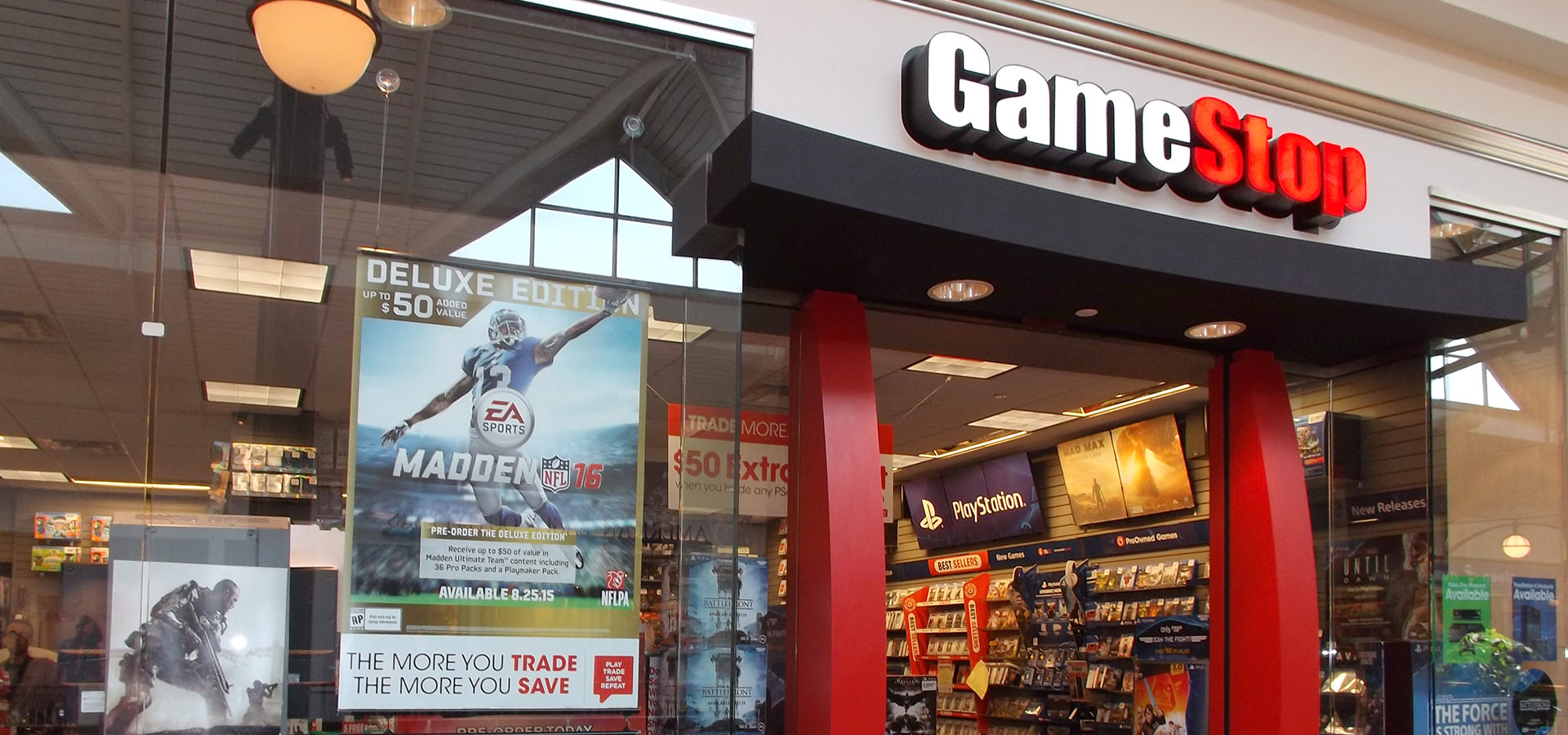 gamestop hours today near me