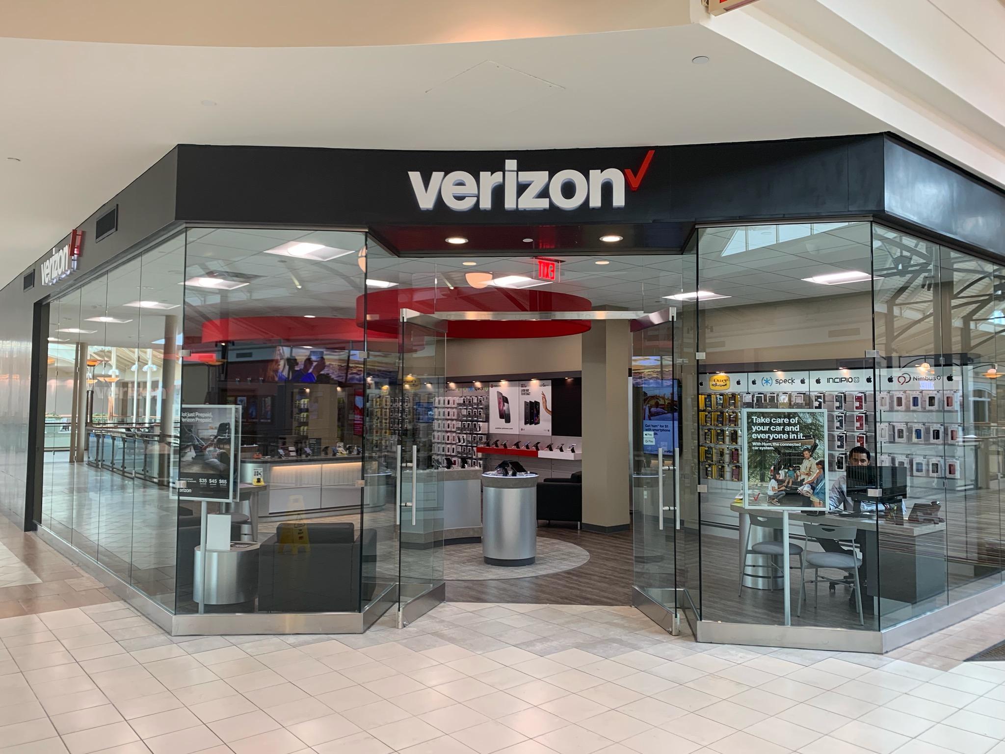 968662d2250 Verizon Wireless Near Me In Dulles, VA | Dulles Town Center