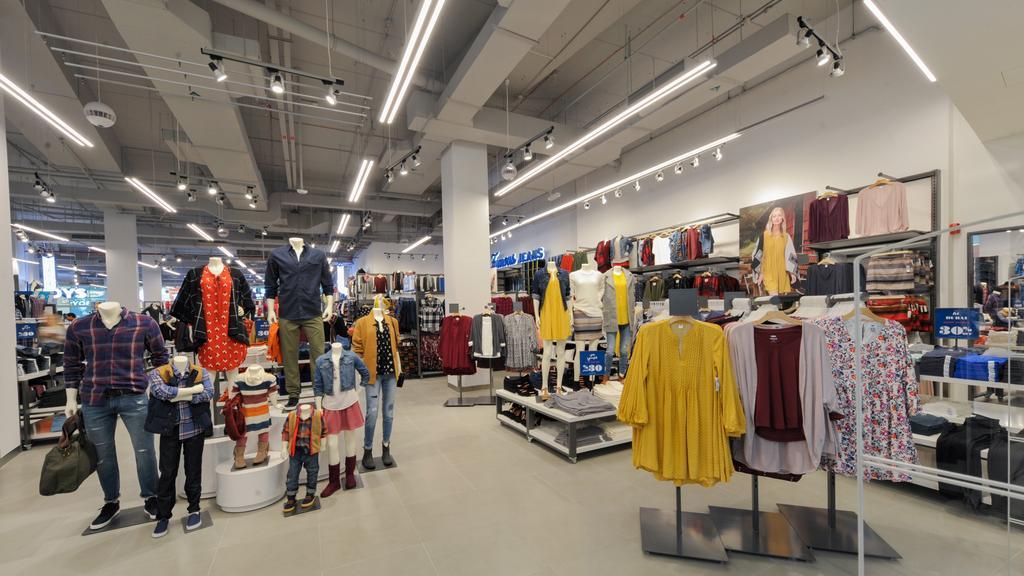 Store Directory   Dulles 28 Centre   Dulles, VA