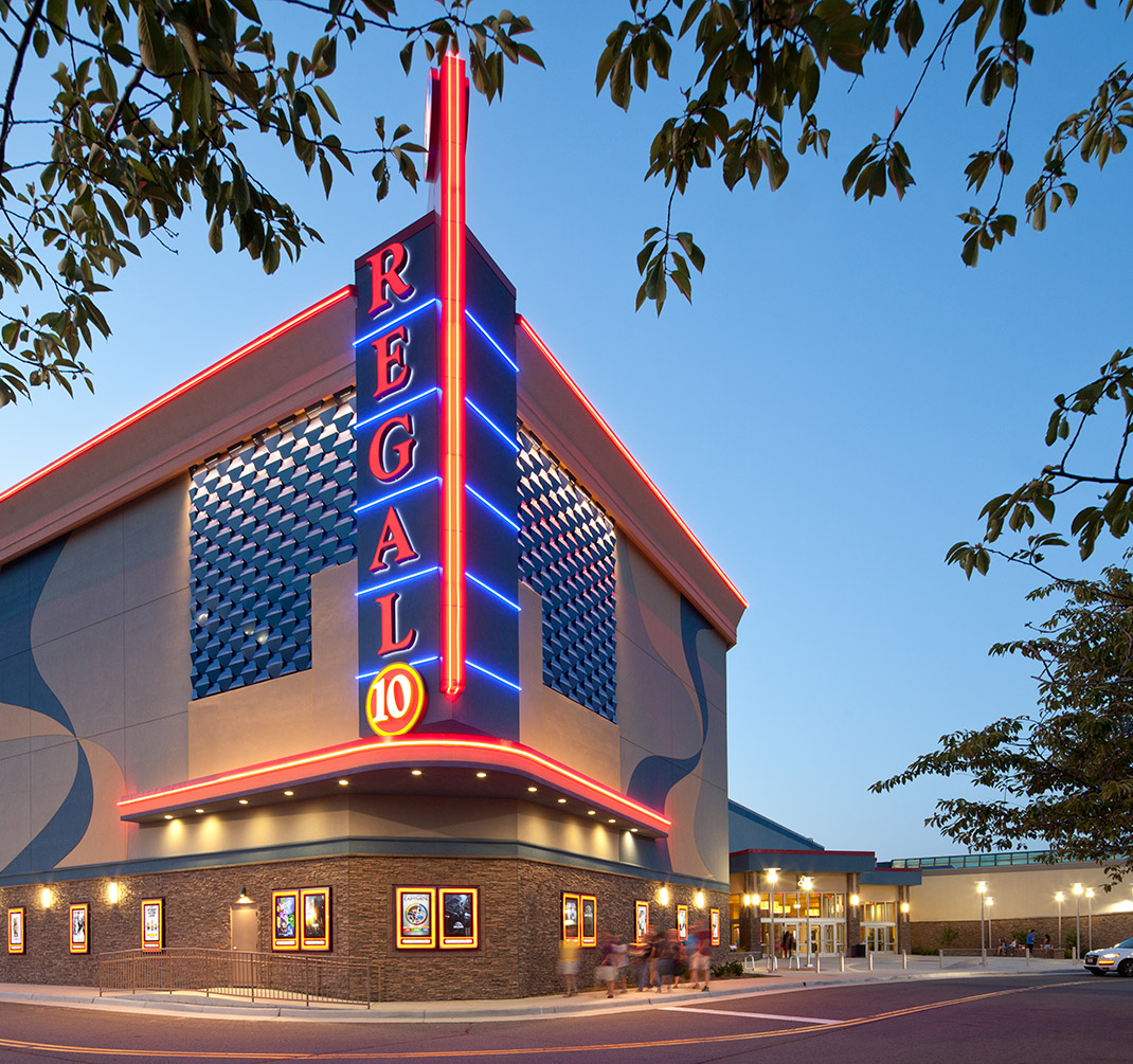 Luxury Movie Theater Near Me In Dulles Va Dulles Town Center