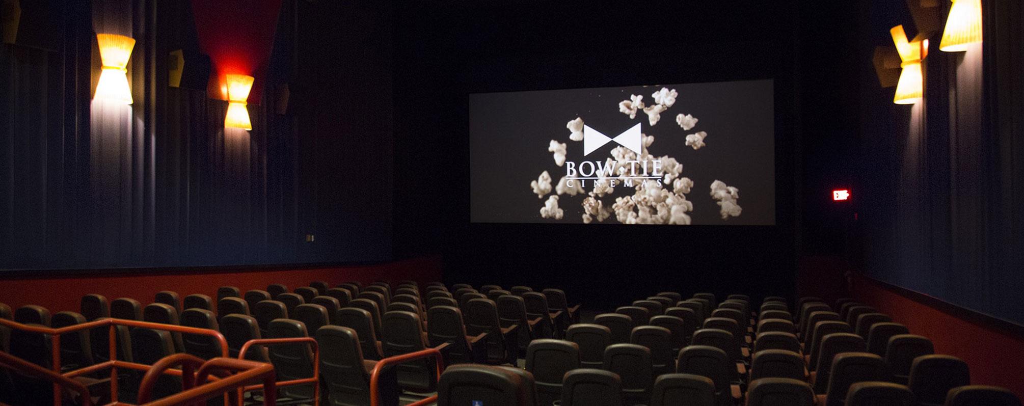 movie theatres near 46040